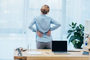 When to See a Doctor for Back Pain
